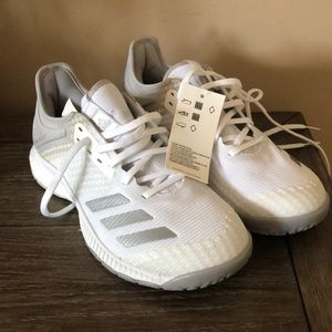 Adidas boost crazy flight sneakers size 51/2 NEW